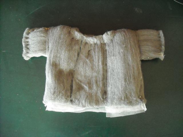camicino- lana di ferro, tarlatana, filo d'oro